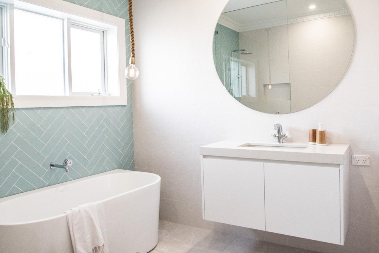 House 6 - Bathroom