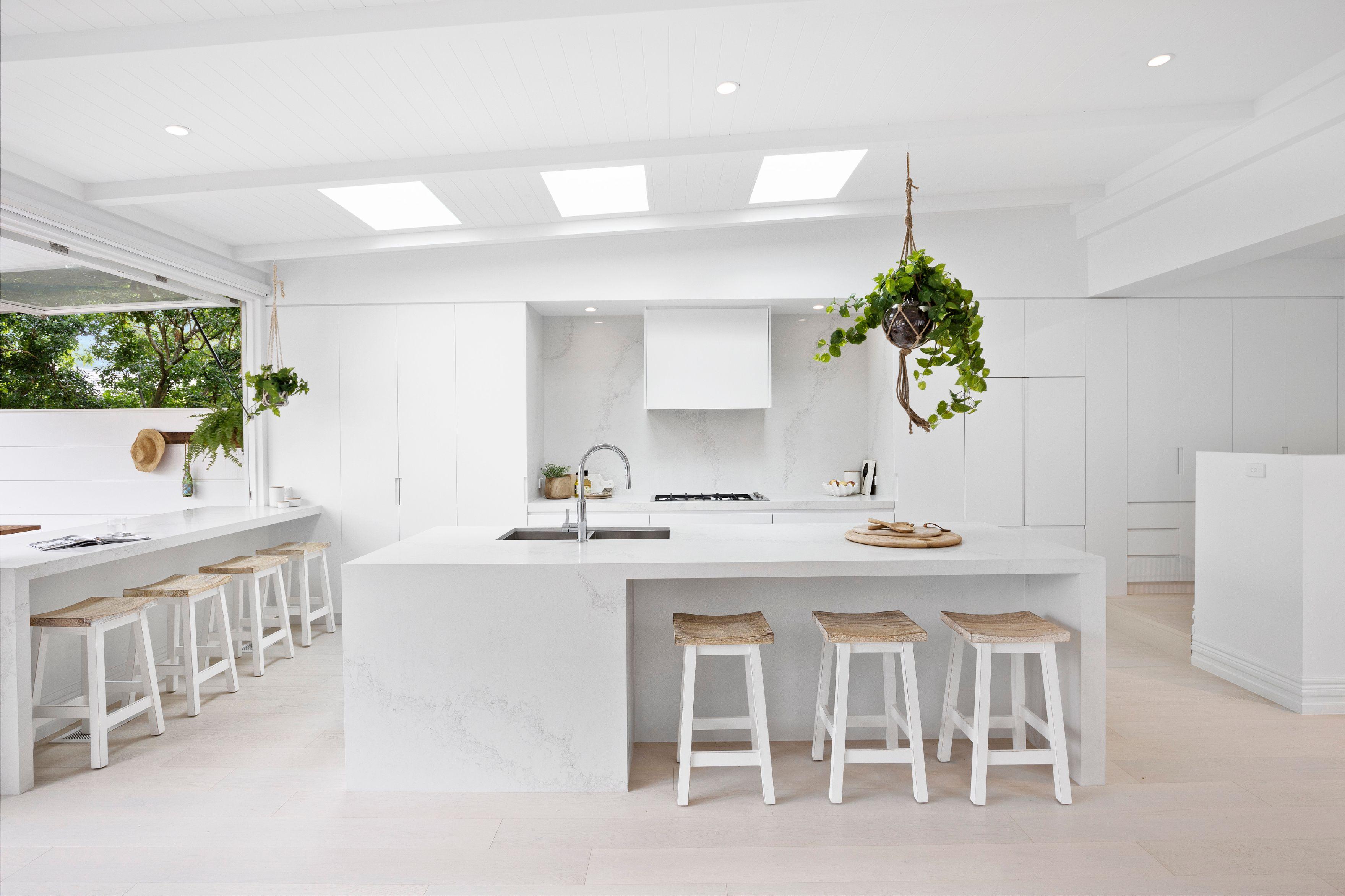 House 6 - Kitchen